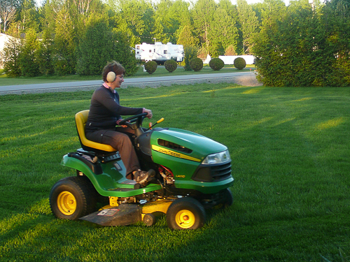 Lawn Mowing in Brockville, ON